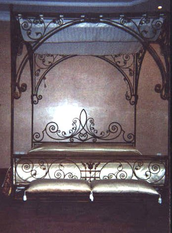 Iron palace bed