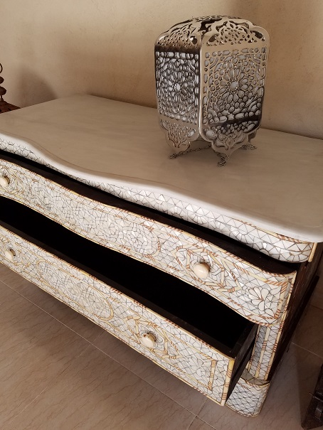 Aisha mother of pearl drawers cabinet